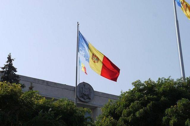Глава парламента Молдавии назначил двух министров