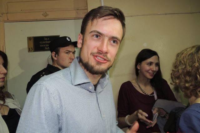 Петра Верзилова выписали из больницы