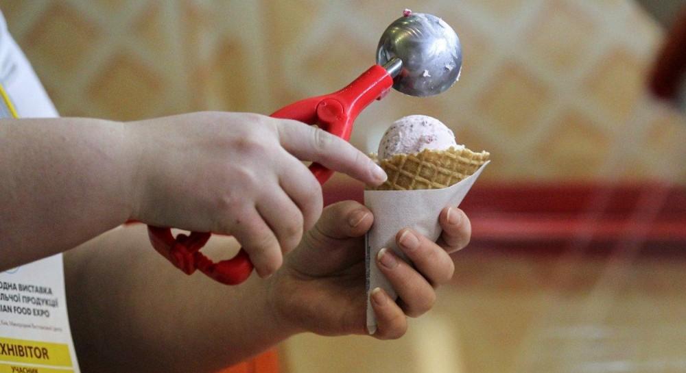 Во Флоренции туристу продали мороженое за 25 евро, заведение оштрафовали на 2 тысячи
