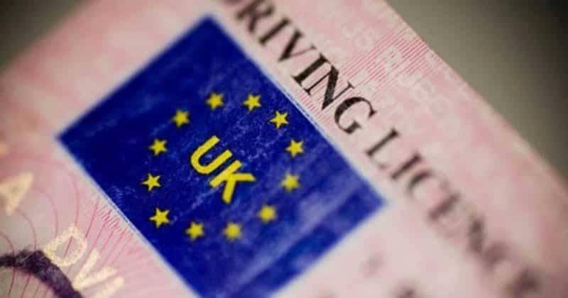 Британцам-эмигрантам придется менять водительские права до Brexit
