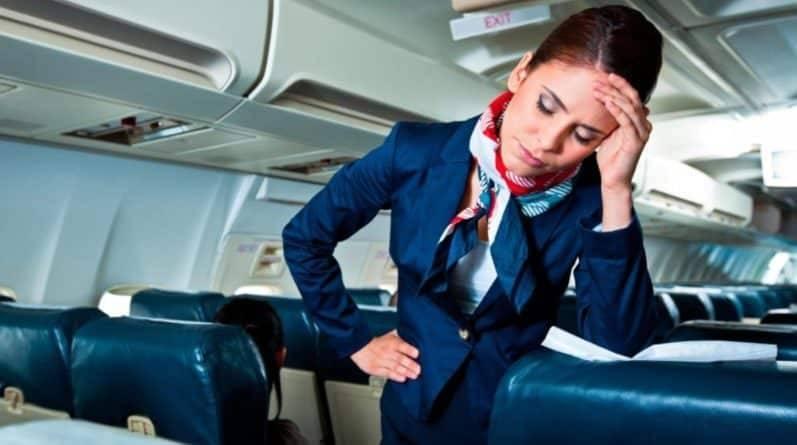 Негласные правила этикета, которых следует придерживаться во время перелета