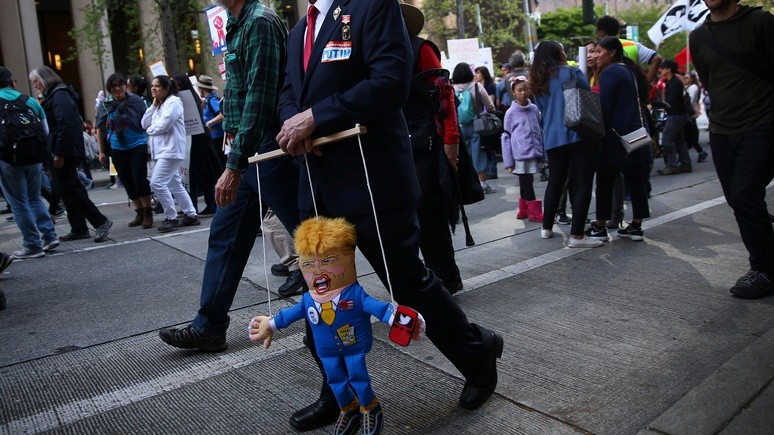 Das Erste: Трамп иногда «радует» Москву — но на безвольную марионетку Путина не тянет