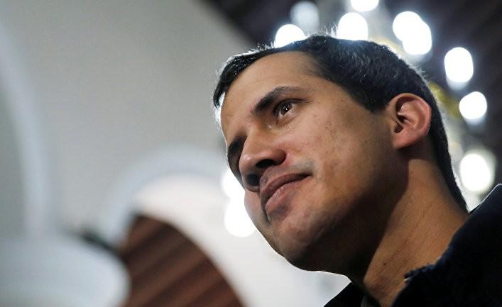 Гуайдо: «Сегодня Мадуро зажат в угол» (Le Monde)
