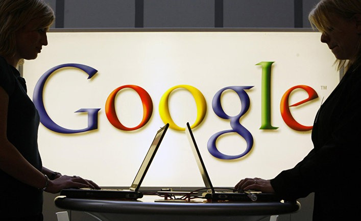 WSJ: «Гугл» и «Фейсбук» делают СМИ более предвзятыми