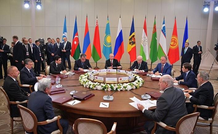 Bloomberg: нанесет ли путинская империя удар?