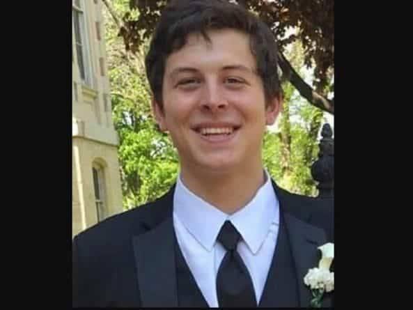 Среди погибших в стрельбе в Иллинойсе — 21-летний парень, у которого был первый рабочий день