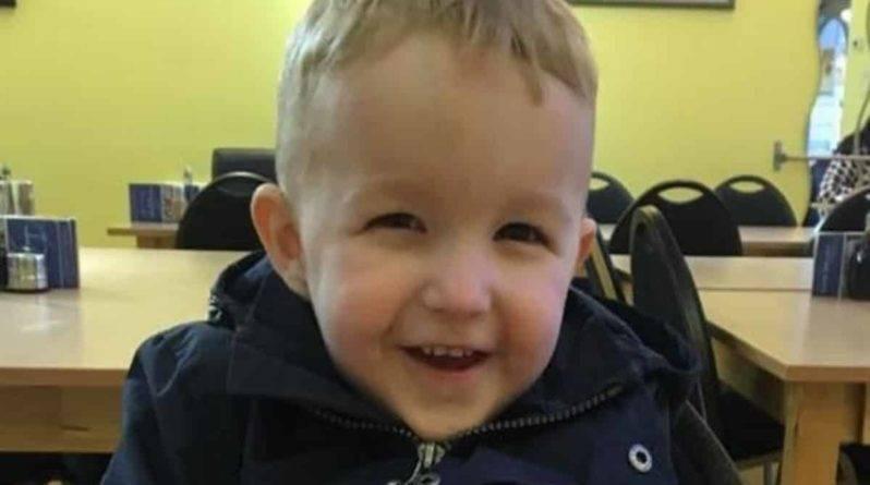 На острове Тенерифе утонул 4-летний британский мальчик, когда с него сняли нарукавники для плавания