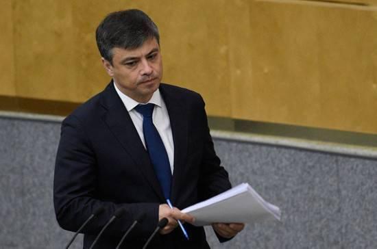 Дмитрий Морозов рассказал, как бороться с недобросовестностью медработников