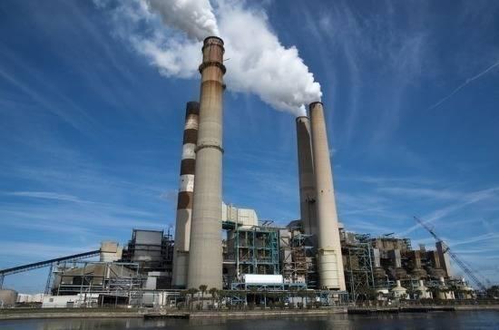Медведев утвердил порядок выдачи комплексных экологических разрешений