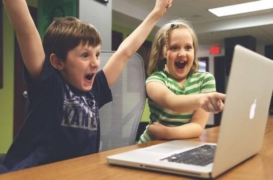 Депутат предложил обучать школьников при помощи компьютерных игр