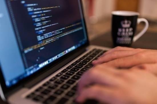 Лицензии на работу кредитных организаций разрешат получать онлайн