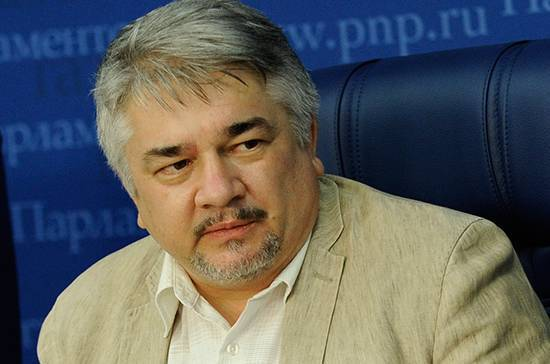 Эксперт оценил возможность разрыва отношений между Украиной и МВФ
