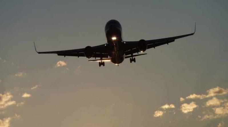 Вот почему следует всегда выбирать худшее место в самолете во время дальних перелетов