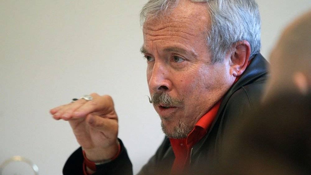 «Не надо проецировать на бедных россиян»: Макаревич объяснил, почему назвал людей «идиотами»