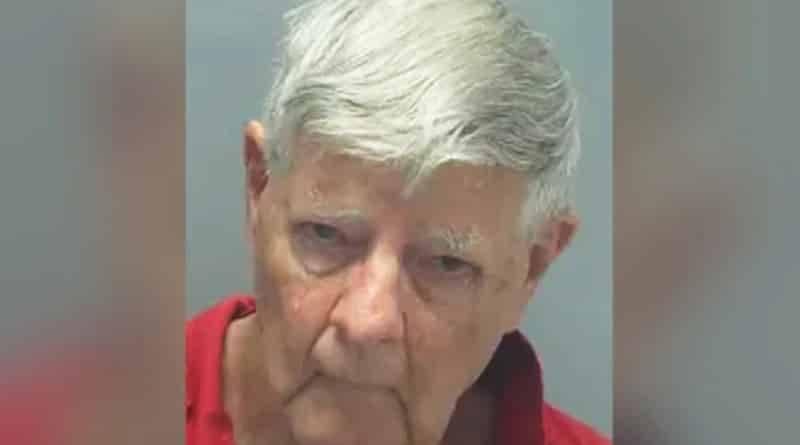 Он сказал, что его жена убежала из дома после ссоры и не вернулась. 40 лет спустя его арестовали за убийство