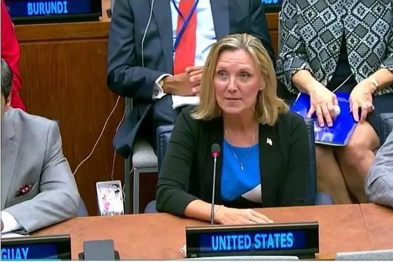 """Андреа Томпсон пояснила, почему США не стоит бояться ядерного """"Посейдона"""""""