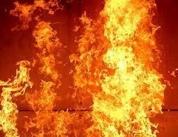 В Андижане сгорел лакокрасочный завод   Вести.UZ