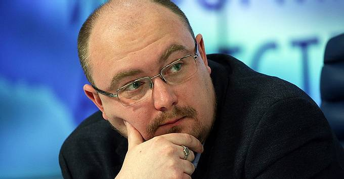 «Порошенко пригрозили сценарием силового свержения – Аваков хочет кресло премьера»