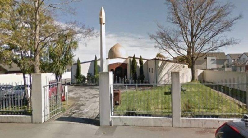 В Новой Зеландии совершено вооруженное нападение на две мечети. Десятки человек убиты