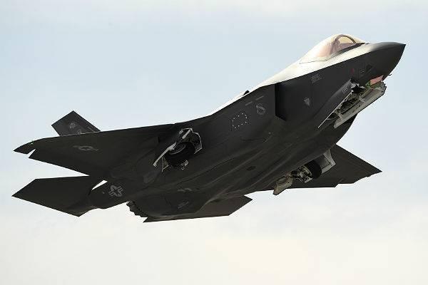 В Турции назвали сроки развертывания F-35