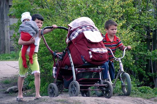 В Петербурге предложили упростить условия получения льгот по оплате ЖКХ для малоимущих семей