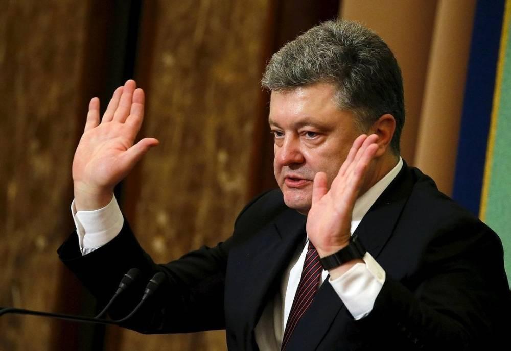 «Маньяк Порошенко хочет превратить Украину в свой бизнес» – беглый депутат