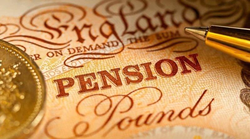 Мужчина узнал о собственной смерти из письма об отмене выплат пенсии