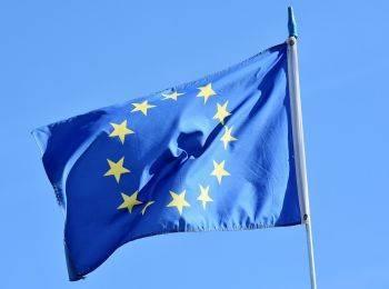 ЕС внес в санкционный список восемь россиян