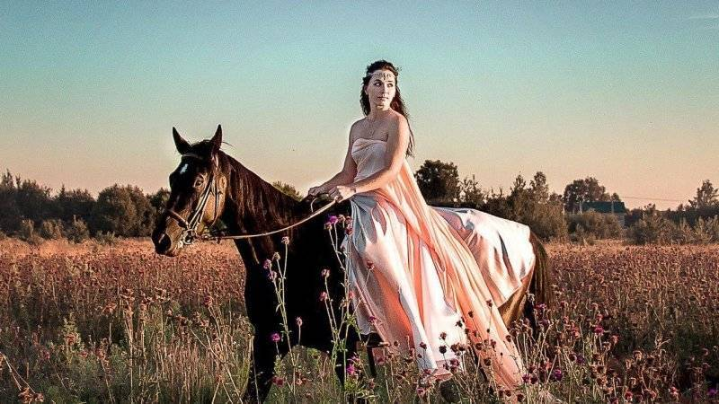 Тренер-берейтор из Тверской области организует конно-туристические смены для детей: фото и иллюстрации
