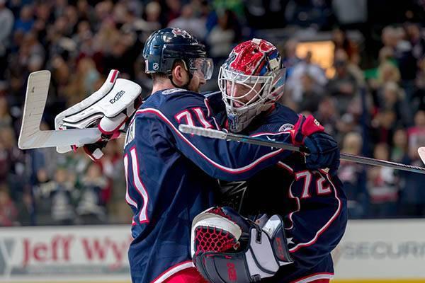 Вратарь Бобровский стал первой звездой игрового дня в НХЛ: фото и иллюстрации