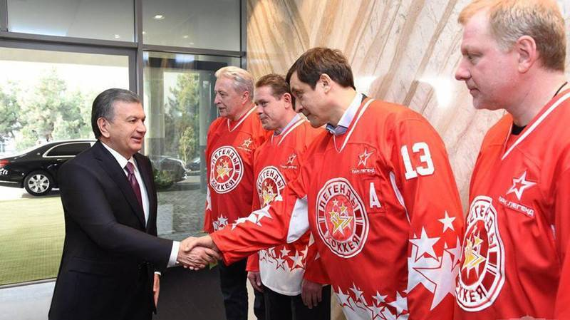 Мирзиёев подарил звездам российского хоккея по квартире в Ташкенте | Вести.UZ