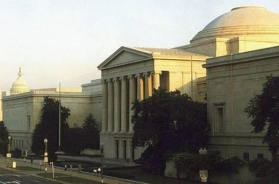 Основу Национальной галереи Вашингтона составили картины Эрмитажа