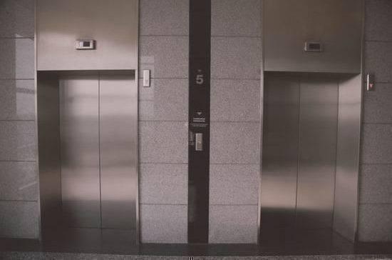 За аварийные лифты накажут крупными штрафами