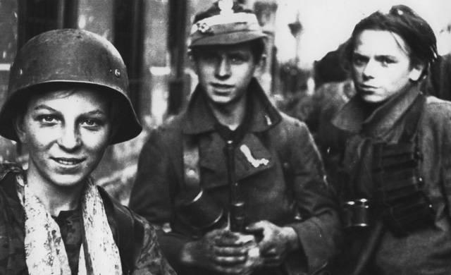 Артемий Леонтьев о Варшавском гетто во время Второй мировой войны: фото и иллюстрации