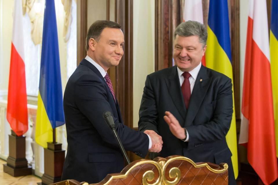Хунтари назвали страны, помогающие продолжать войну в Донбассе