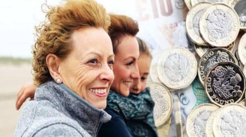 Государственная пенсия: женщины недополучают £30 тыс. из-за собственной оплошности