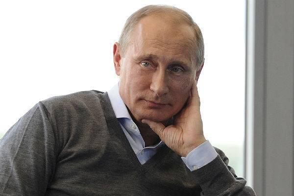 Путин на встрече с французами пошутил про Бонапарта, «служившего» в Москве