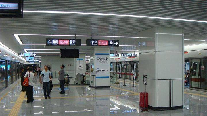 В Китае тестируют систему оплаты проезда в метро с помощью технологии распознавания лица