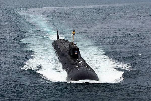 Главком Северного флота раскрыл зарплаты подводников