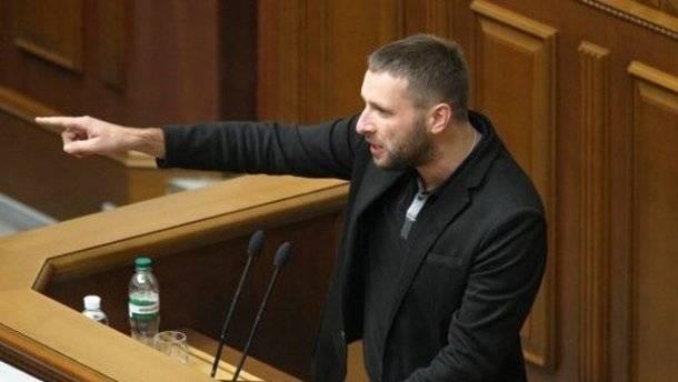 Мстительный Парасюк дождался момента и больно укусил Порошенко