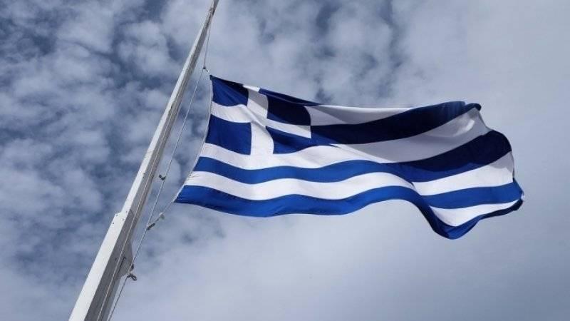 Глава МИД Греции осудил нападение на посольство РФ в Афинах
