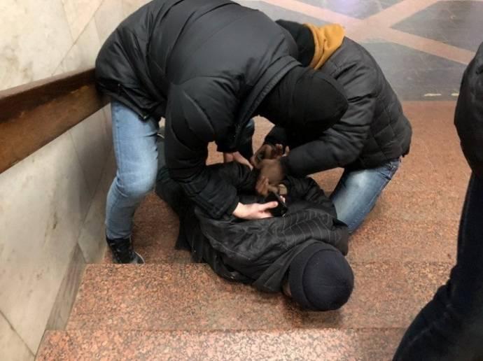 """В СБУ показали предвыборный """"муляж теракта"""" в харковском метро"""