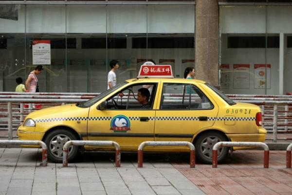 В Китае стартовала масштабная программа перевода такси с бензина на спирт