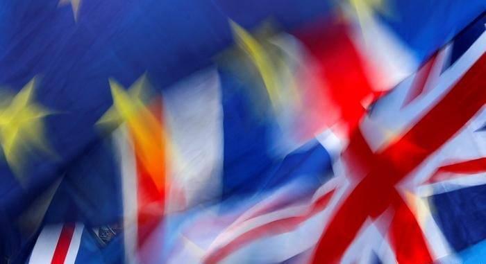 Евросоюз готов к жесткому Brexit, но всех неприятностей избежать не удастся