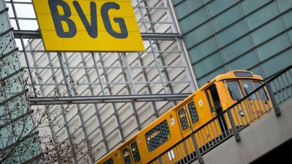 Транспортный коллапс в Берлине: не работает метро, стоят автобусы и трамваи