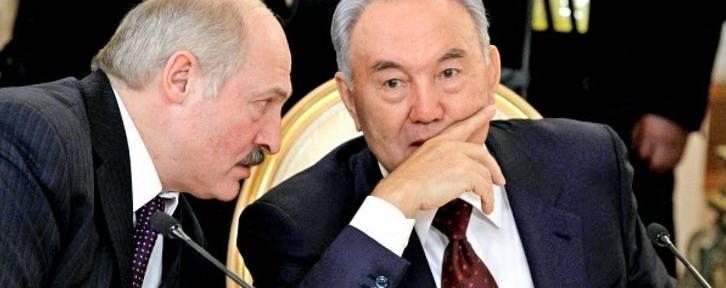 На белорусском ТВ спорят, повторит ли Лукашенко трюк Назарбаева