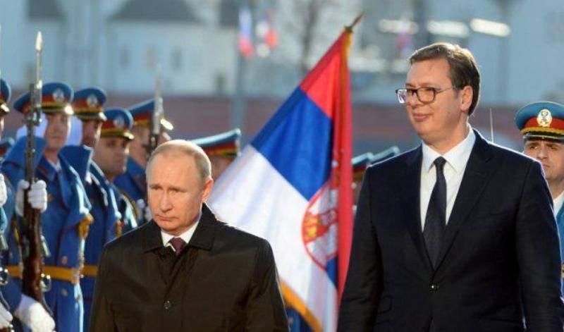 Лидер Сербии встретится с Путиным, чтобы усилить позиции в споре по Косово