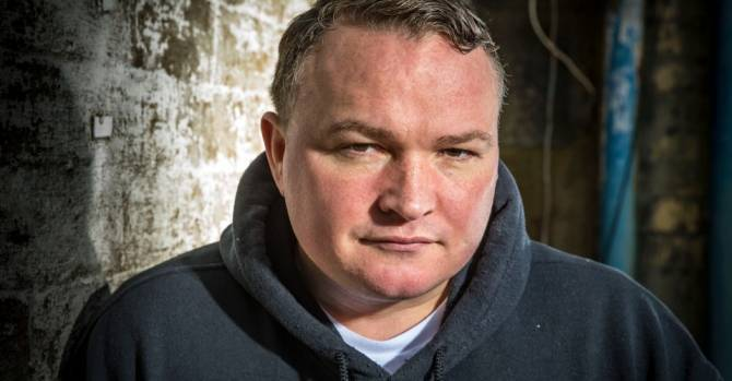 """В Шотландии выстрелом в голову убит актер из """"На игле 2"""" Брэдли Уэлш"""