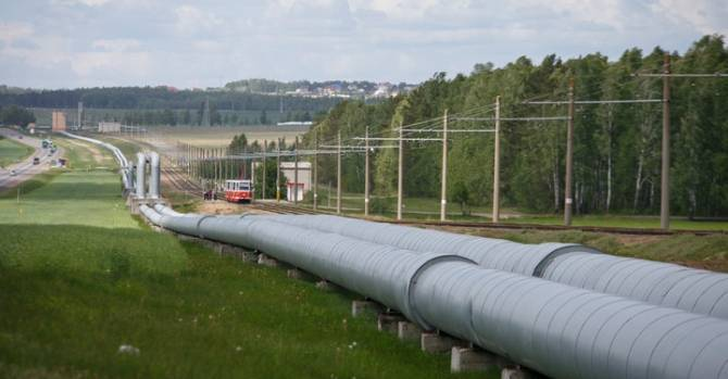 """""""Белнефтехим"""" заявил о резком ухудшении качества поступающей из России нефти"""