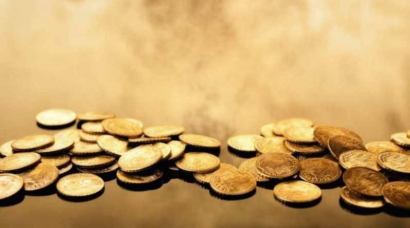 В Англии обнаружен клад из 550 монет XIV века стоимостью £150,000